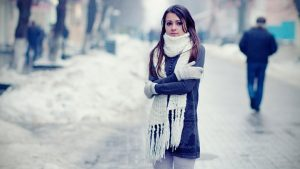 Can-You-Catch-Cold-From-Going-Outside-With-Wet-Hair-722x406